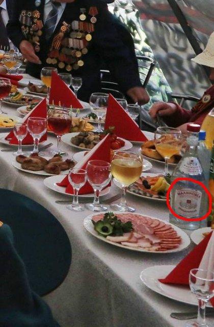 """У День Перемоги """"Гоблін"""" """"остограмився"""" українською горілкою  - фото 2"""