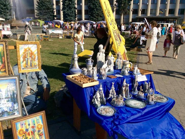 Хмельничани можуть взяти участь у святкових майстер-класах на Майдані незалежності - фото 2