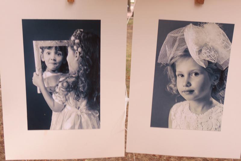 """Фотоабстракцію, портрети і пейзажі """"сушили"""" просто неба - фото 3"""
