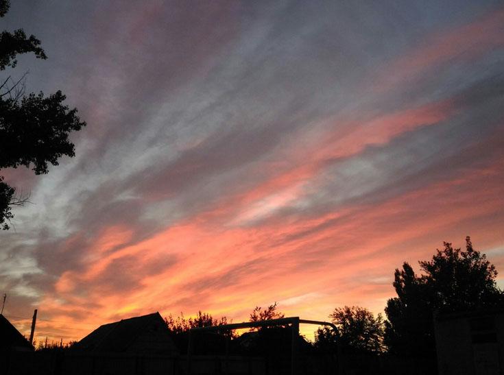 Мешканців Мелітополя вразив дивовижних захід сонця - фото 9