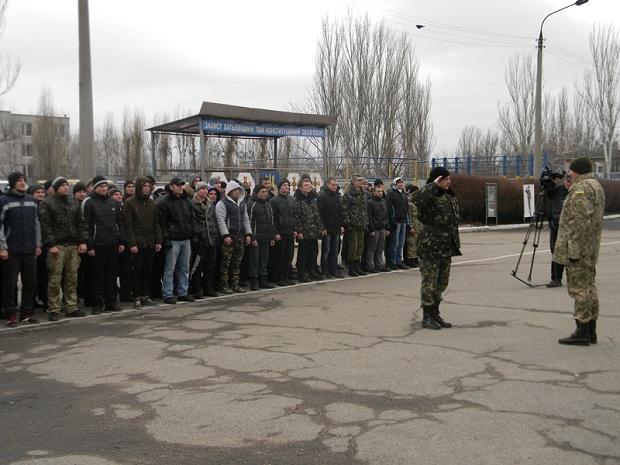 """Перша """"контрактна сотня"""" Запоріжжя відправилася до військових навчальних центрів - фото 2"""