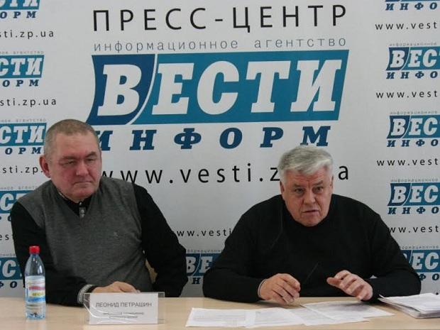 Деякі вилучені у запорізького колекціонера раритети знайшлися в Януковича та Пшонки - фото 1