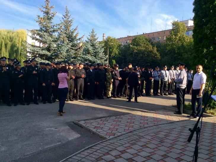 Поліція Хмельницького вперше відзначає професійне свято - фото 4