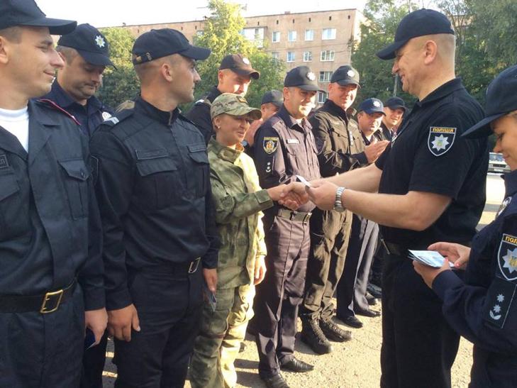 Поліція Хмельницького вперше відзначає професійне свято - фото 2