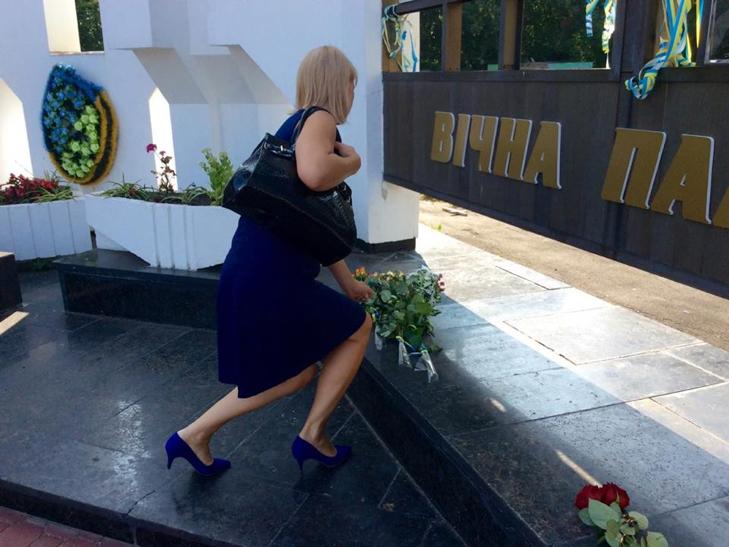 Народні Герої України вклонилися полеглим бійцям з Хмельниччини - фото 13