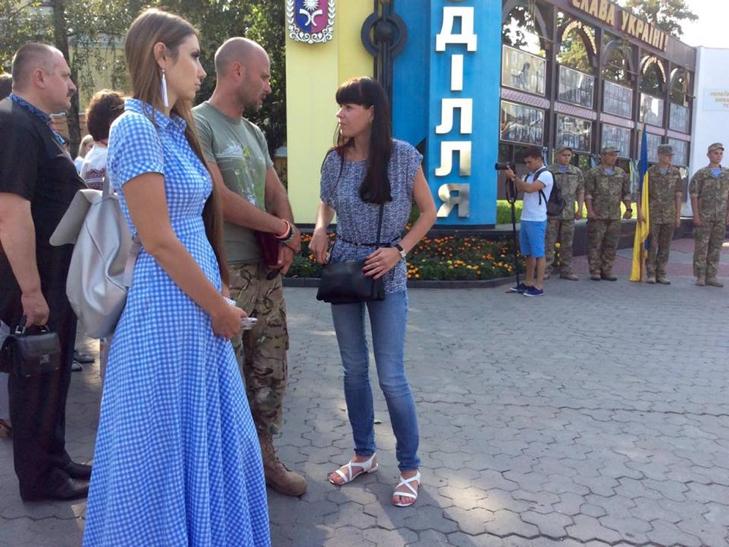 Народні Герої України вклонилися полеглим бійцям з Хмельниччини - фото 8