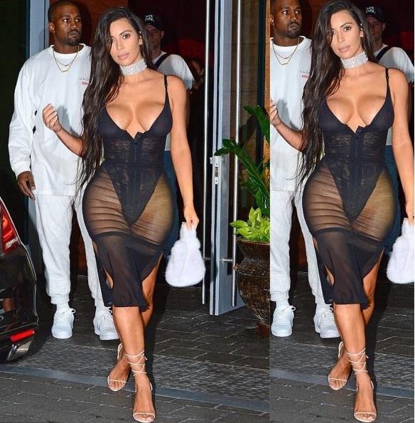 Кардашіан у відвертій сукні показала великі груди та дивні стегна - фото 1