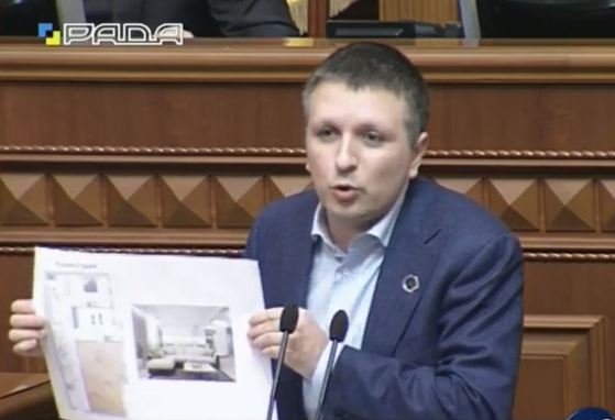 Саакашвілі віддав трикімнатну квартиру Мішці Грузинчику - фото 1