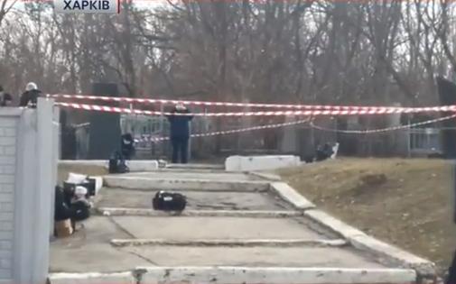 Кернес і Добкін приїхали на цвинтар до розстріляного друга - фото 1