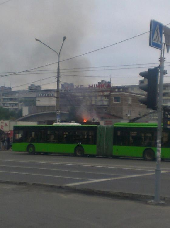 У Харкові під ранок спалахнув нічний клуб  - фото 4