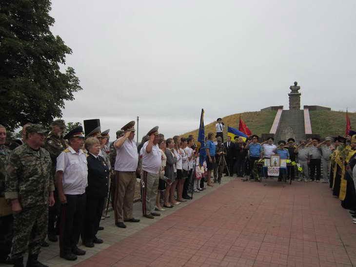 На Могилі Івана Сірка козаки закликали до єднання та не виключали, що центром об'єднання українського козацтва стане саме Запоріжжя - фото 3