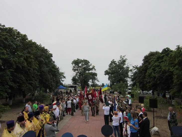 На Могилі Івана Сірка козаки закликали до єднання та не виключали, що центром об'єднання українського козацтва стане саме Запоріжжя - фото 2