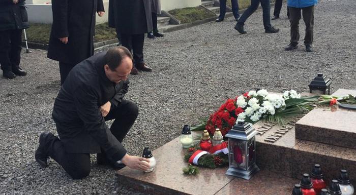 Антиукраїнський політик залишив своє серце у Львові - фото 1