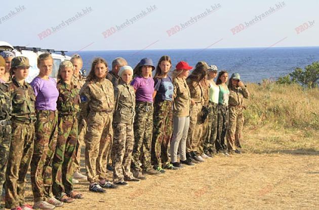 На Запоріжжі організували військово-патріотичний табір для дітей зі всієї України - фото 1