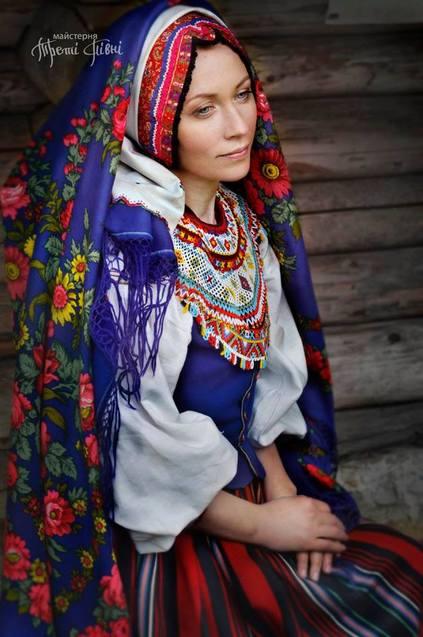 Як українки вбиралися на свята понад 100 років тому  - фото 3