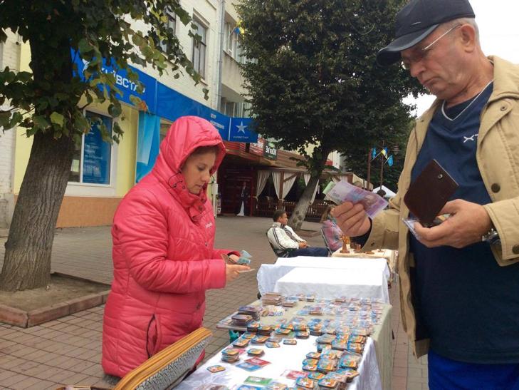 Хмельницька центральна вулиця перетворилася в святковий ярмарок - фото 5