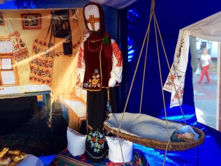 Головний майдан Хмельниччини готовий до святкувань - фото 9