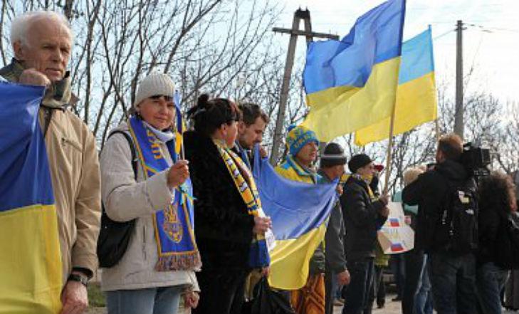 Хроніки окупації Криму: як керченські морпіхи з окупантами у футбол грали - фото 10