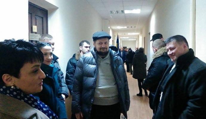 Мосійчук прийшов із лікарні до суду - фото 1