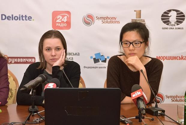 Як у Львові пройшла п'ята партія матчу за світову шахову корону - фото 1