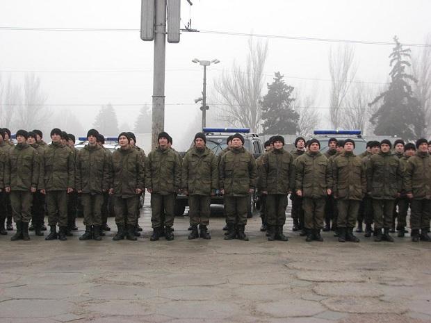 Молоде поповнення військової частини 3033 Нацгвардії України вийшло на патрулювання вулиць обласного центру - фото 7