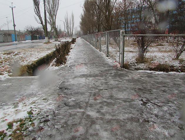 Бердянські комунальники проігнорували прихід зими - фото 2