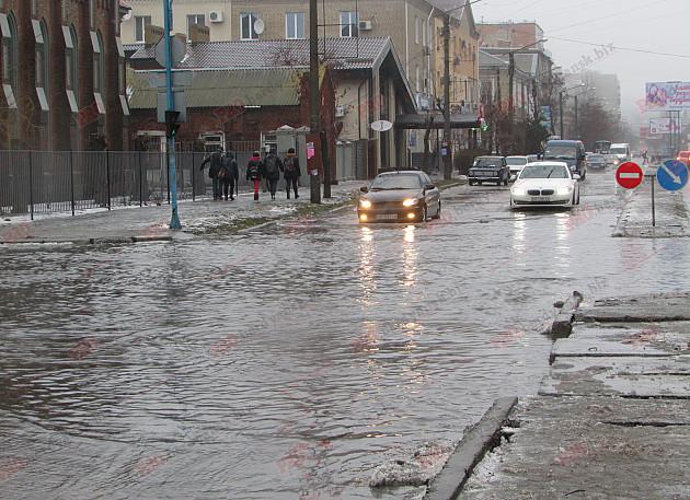 Бердянські комунальники проігнорували прихід зими - фото 3