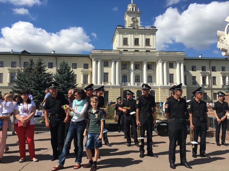Хмельницьким крокує марш-парад оркестрів - фото 11