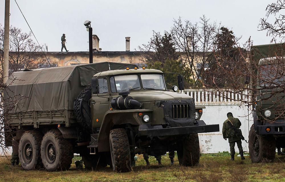 Хроніки окупації Криму: українські військові вже готові стріляти в окупантів - фото 2