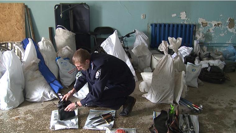 На Вінниччині затримали угруповування наркоманів, яке грабувало пенсіонерів - фото 1