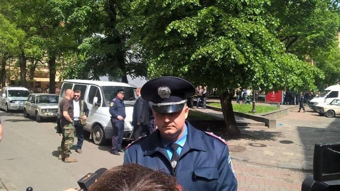 У Львові на 9 травня не без сутичок thumbnail