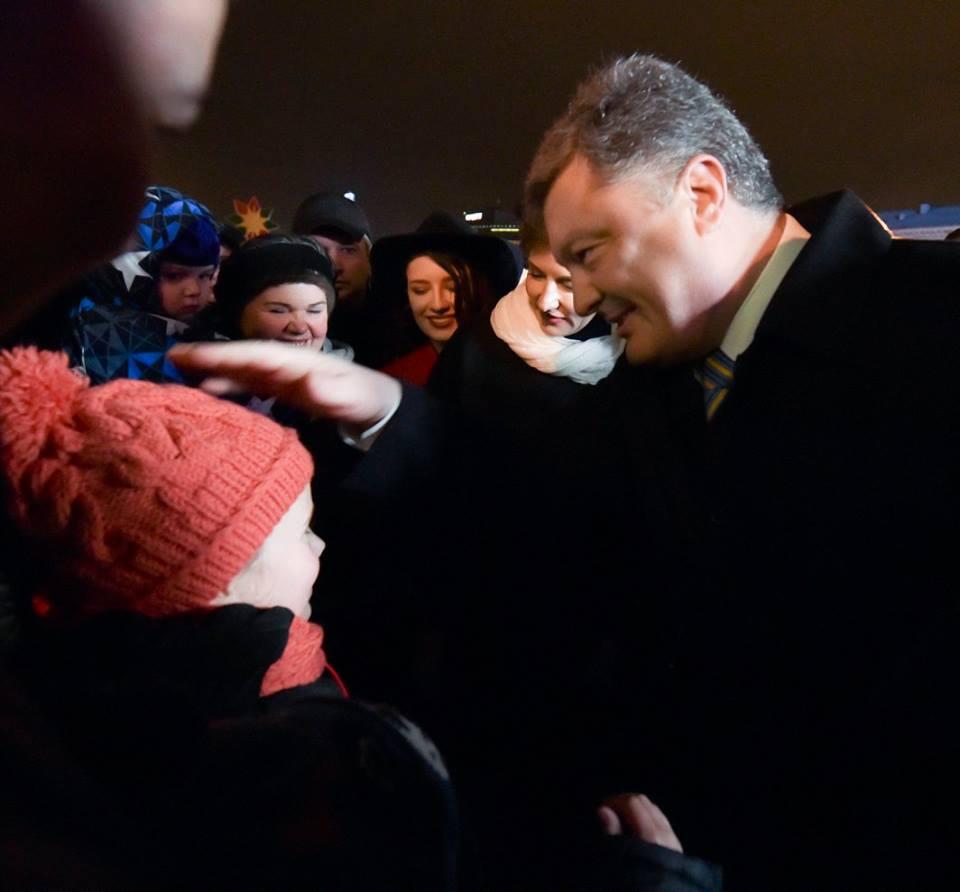 Як Порошенко з родиною на новорічний ярмарок ходили (ФОТО) - фото 4