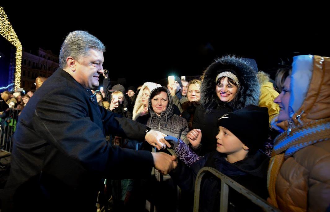 Як Порошенко з родиною на новорічний ярмарок ходили (ФОТО) - фото 3
