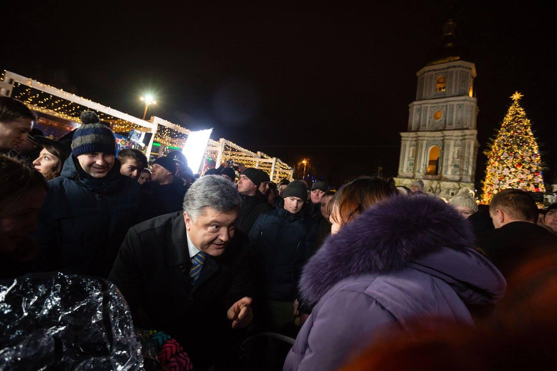 Як Порошенко з родиною на новорічний ярмарок ходили (ФОТО) - фото 2