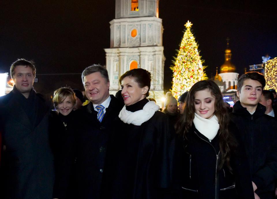 Як Порошенко з родиною на новорічний ярмарок ходили (ФОТО) - фото 1