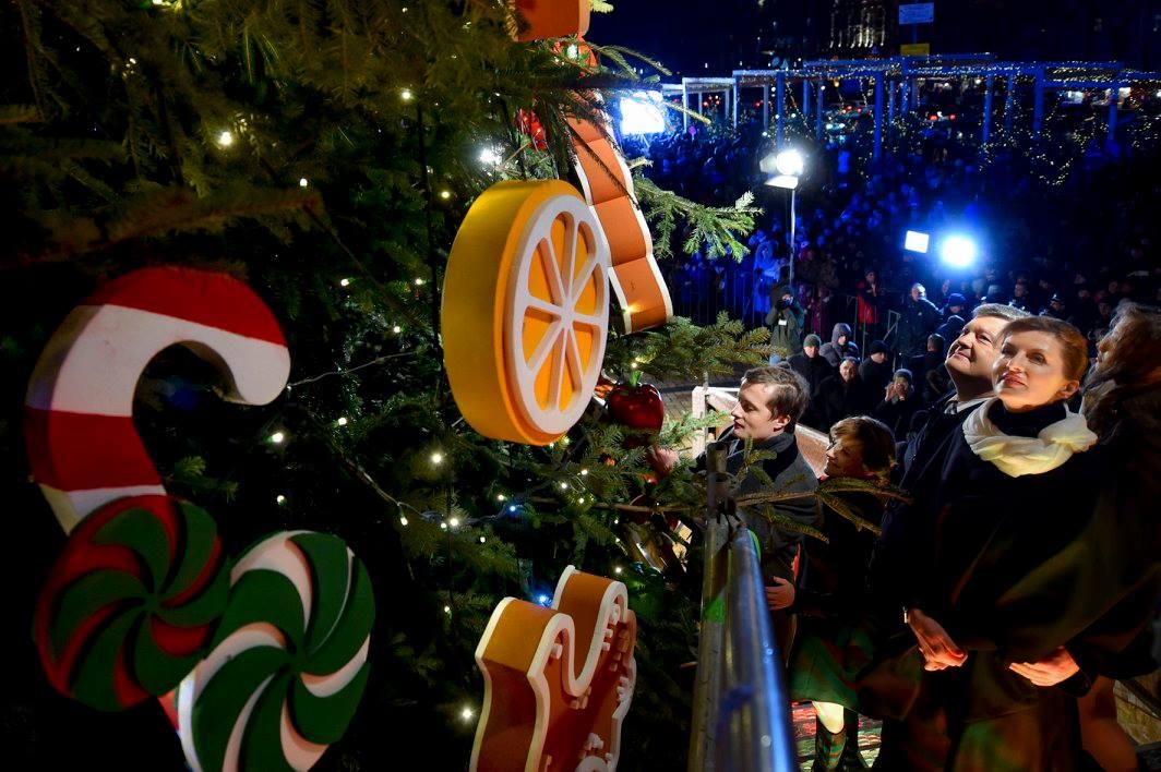 Як Порошенко з родиною на новорічний ярмарок ходили (ФОТО) - фото 6
