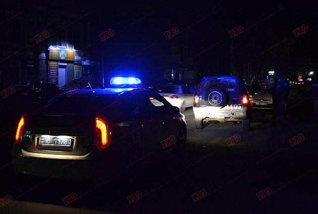 П'яний військовий влаштував перегони по нічному парку Бердянська - фото 1