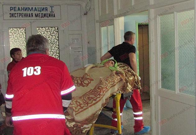 Бердянця, який постраждав під час вибуху гранати, прооперують в Києві - фото 1