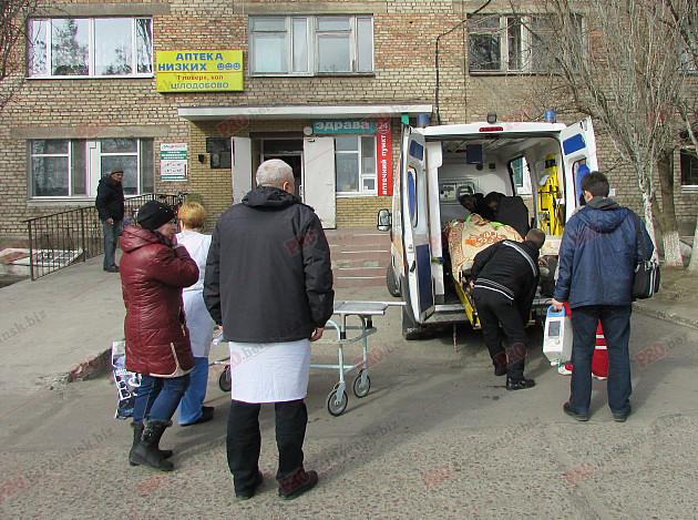 Бердянця, який постраждав під час вибуху гранати, прооперують в Києві - фото 2