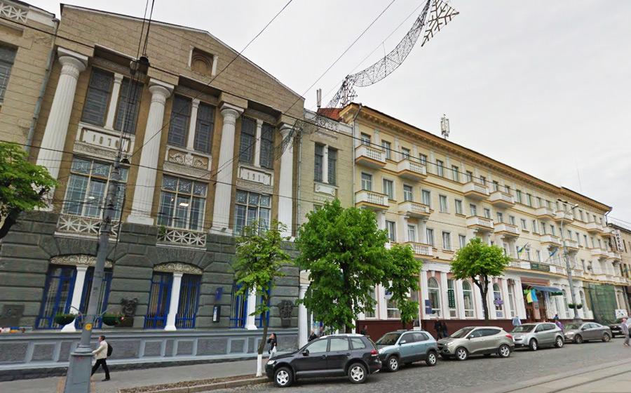 У Вінниці витратять 8,7 млн. грн. на реставрацію фасадів в центрі міста - фото 2