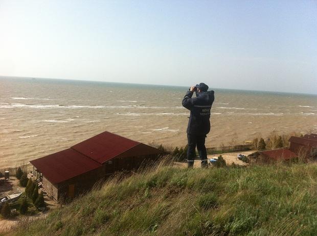 Бердянський рибалка, через пошуки якого підняли гелікоптер, повернувся додому - фото 1