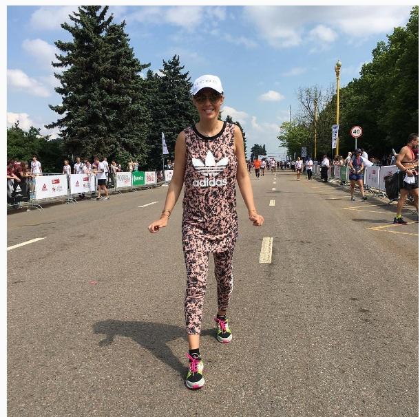 Як Собчак бігла марафон в піжамі мисливця - фото 1