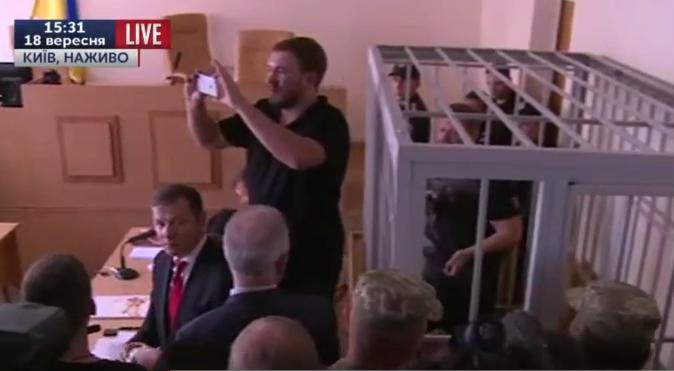 Ляшко прибув до суду захищати Мосійчука - фото 1