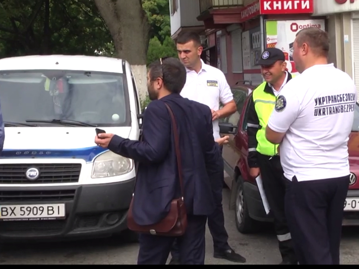 Дві третіх хмельницьких таксистів працюють нелегально - фото 2