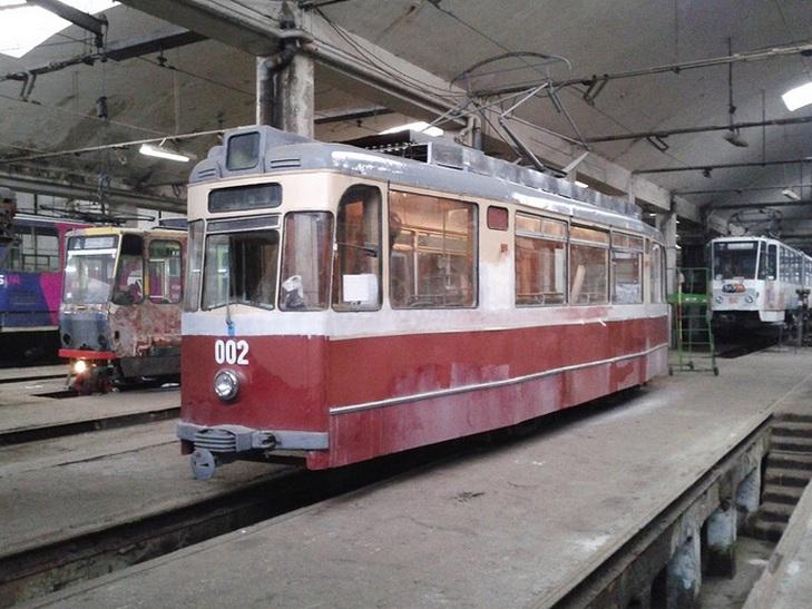У Львові розкрадають раритетний трамвай - фото 2