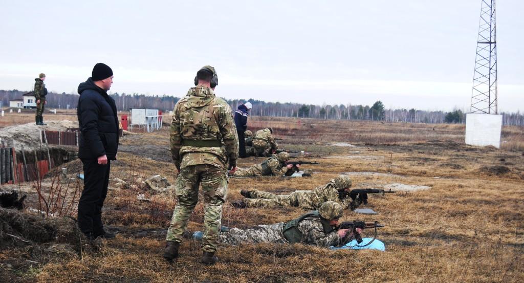 Як британці українських солдат на стандарти НАТО переводили - фото 1