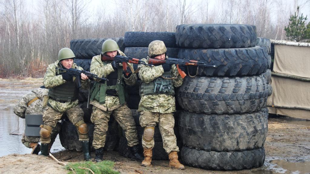 Як британці українських солдат на стандарти НАТО переводили - фото 3