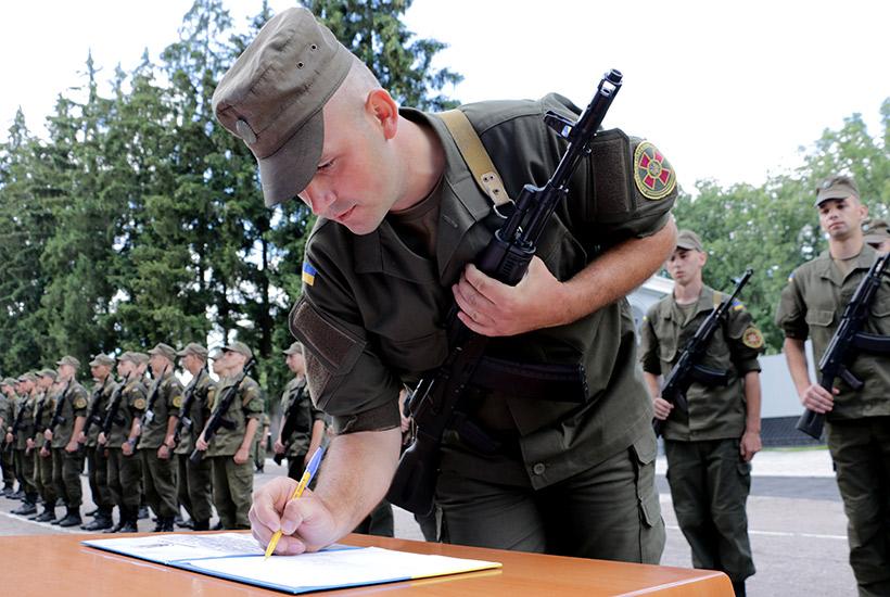 Харківських нацгвардійців відправлять до Слов'янська та Маріуполя - фото 4