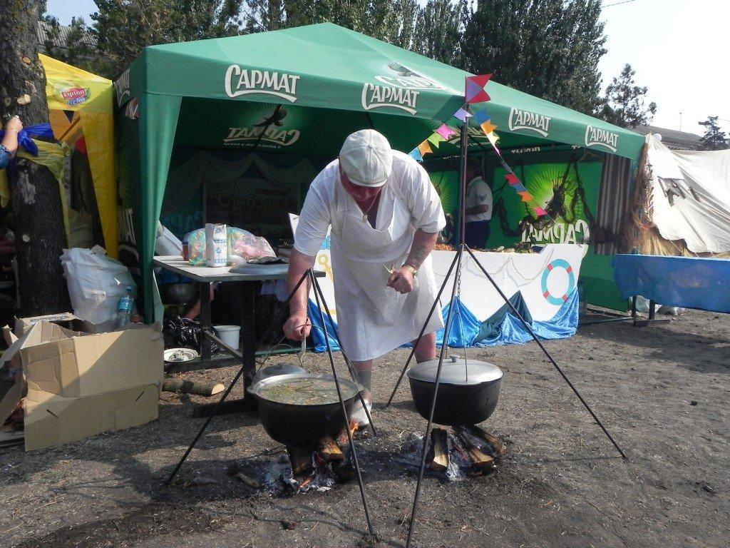 У Бердянську провели фестиваль юшки - фото 1