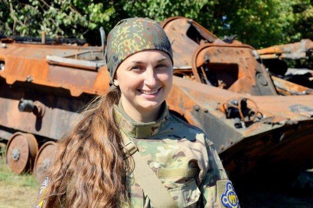 Краса рятує Україну: ТОП-10 красунь-бійців АТО - фото 16
